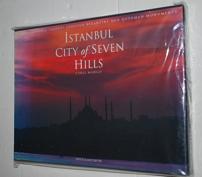 Image for Istanbul City of Seven Hills: A Photographic Journey Through Byzantine and Ottoman Monuments